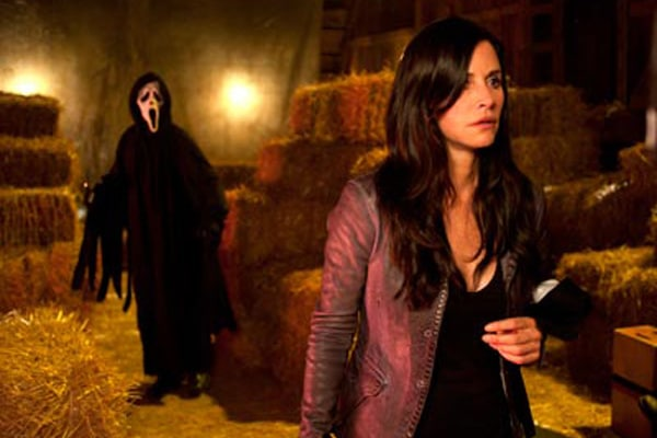 Courteney Cox dans Scream 4
