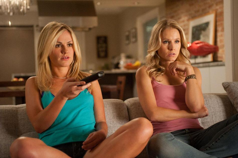 Scream-4-Photo-Featuring-Anna-Paquin-and-Kristen-Bell