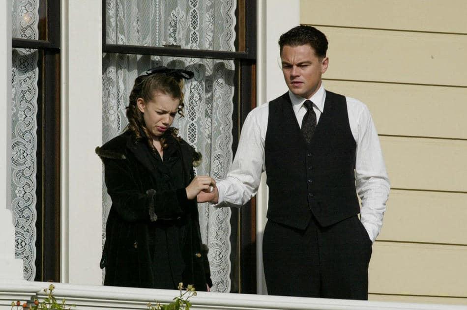 J.-Edgar-Photos-Featuring-Leonardo-DiCaprio-as-J.-Edgar-Hoover-02