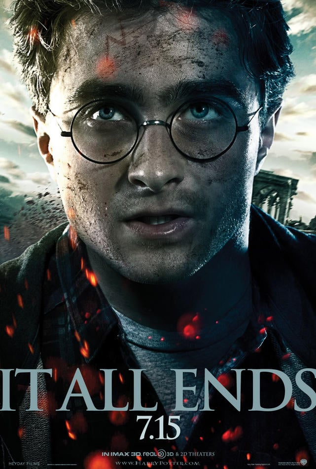 http://www.eklecty-city.fr/wp-content/uploads/2011/05/Harry-Potter-and-the-Deathly-Hallows-Part-2-Poster-US-02.jpg