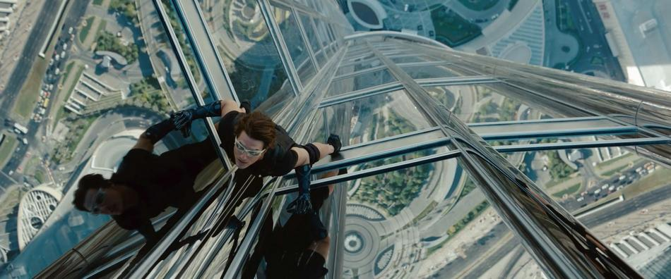 Mission-Impossible-Ghost-Protocol-Movie-Picture-02