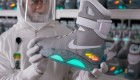 Nike Nike Mag Back to the Future Warehouse Handling 02 140x80 Retour vers le Futur 2 : 1500 Nike Mag aux enchères