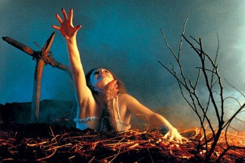 Evil-Dead-1981-Movie-Picture-01