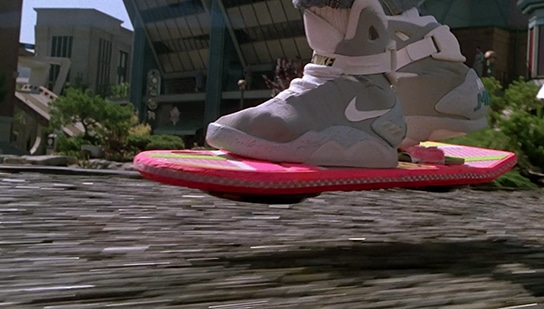Back-to-the-Future-2-Hoverboard-Picture-01