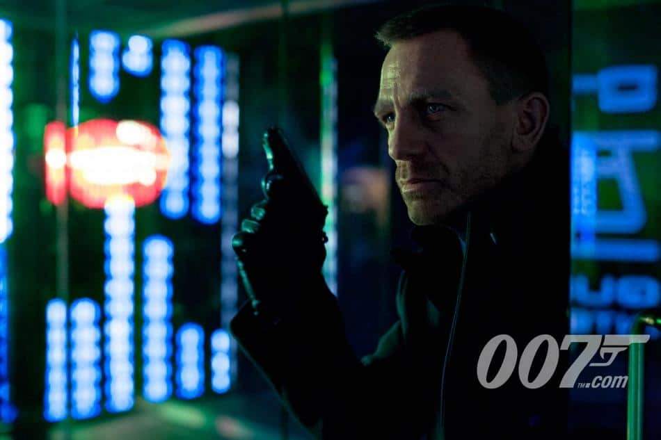 Daniel Craig est James Bond dans Skyfall