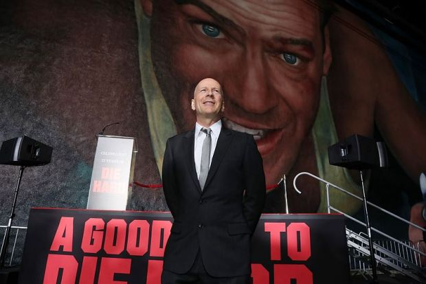 Die-Hard-25th-Anniversary-Mural-Bruce-Willis-01