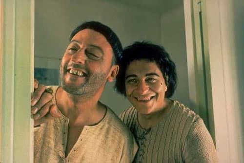 Les-Visiteurs-1993-Movie-Picture-01