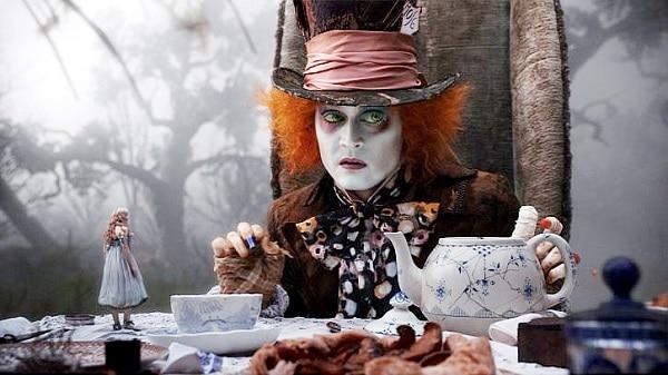 Alice-in-Wonderland-2010-Movie-Picture-01