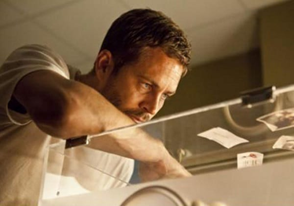 Hours-2013-Movie-Picture-03