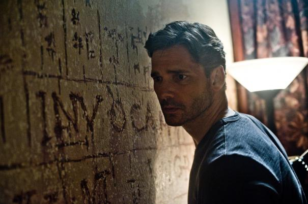 Deliver-Us-From-Evil-2014-Movie-Picture-01