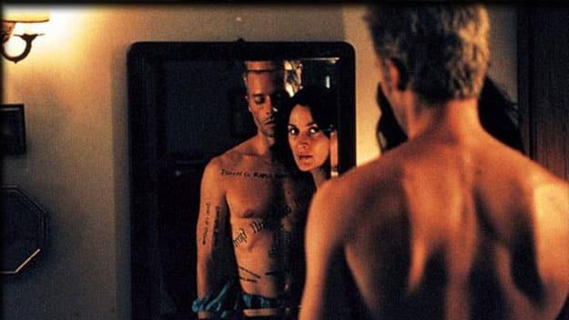 Memento-2000-Movie-Picture-01