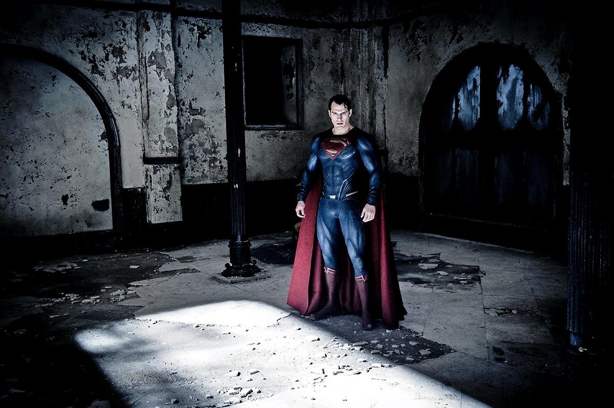 Batman-v-Superman-Dawn-of-Justice-2016-Movie-Picture-21