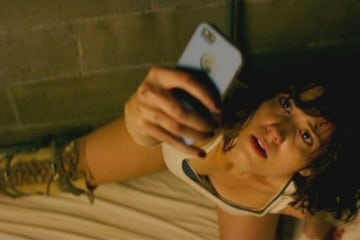 10 Cloverfield Lane (2016) - Movie Picture 02