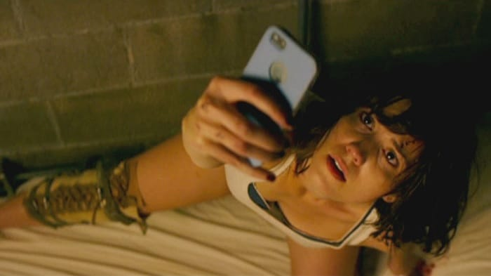 10-Cloverfield-Lane-2016-Movie-Picture-02
