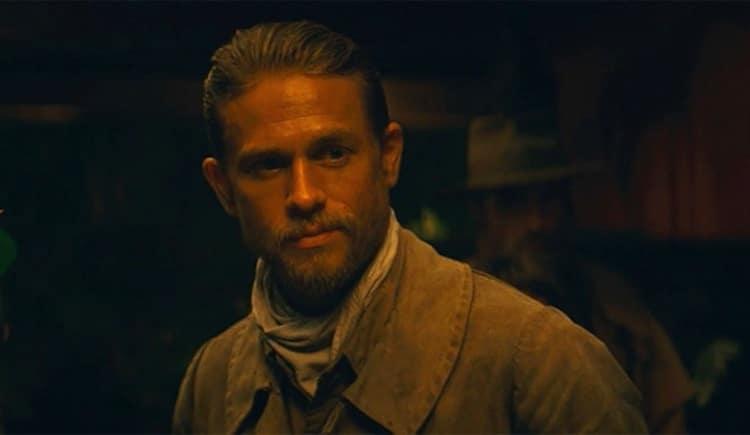 Robert Pattinson et Charlie Hunnam dans Films series - News de tournage