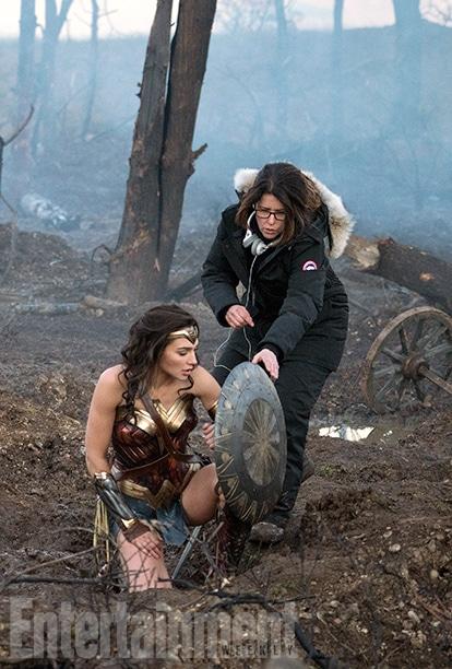 Wonder-Woman-2017-Movie-Picture-06