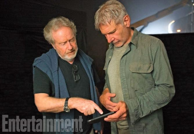 Blade-Runner-2049-2017-L-R-Ridley-Scott-and-Harrison-Ford-on-the-set