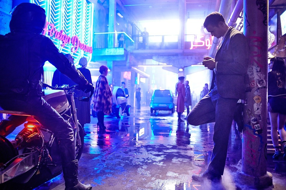 Mute-Duncan-Jones-Movie-Picture-03