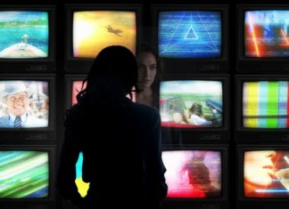 Wonder-Woman-1984-Movie-Picture-01-324x235