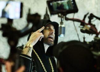 Eminem-Venom-at-Empire-State-Building-324x235