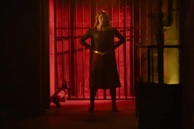 the-cw-elseworlds-dc-universe-picture-10-630x420