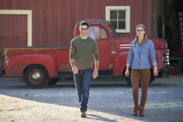 the-cw-elseworlds-dc-universe-picture-14-630x420