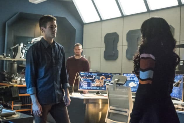 the-cw-elseworlds-dc-universe-picture-17-630x420