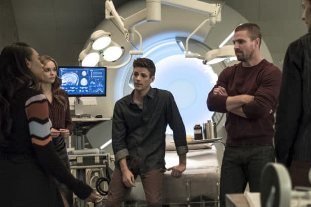 the-cw-elseworlds-dc-universe-picture-18-630x420