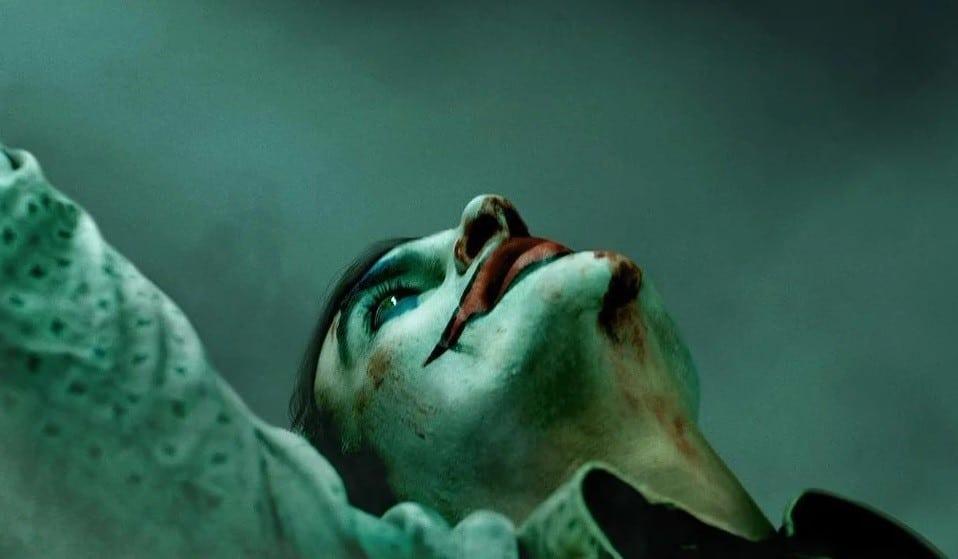 Joker-Joaquin-Phoenix-Banner-04