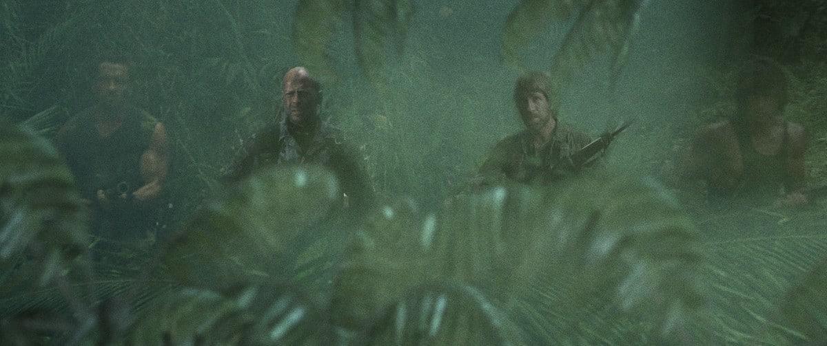 dinosaur-hunters-movie-picture-05