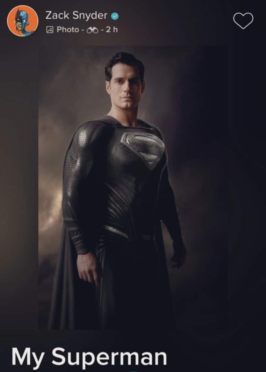 zack-snyder-justice-league-superman-black-suit