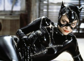 batman-returns-1992-movie-picture-01-324x235