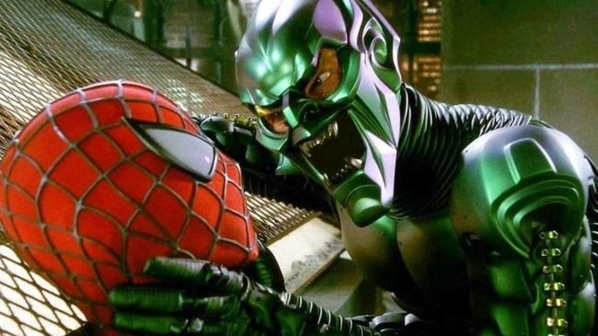 Willem Dafoe en Norman Osborn / Bouffon Vert dans Spider-Man (2002).